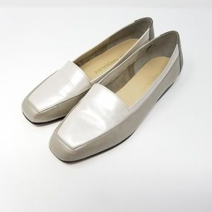 Enzo Angiolini Womens Gray 2 tone Loafers 7